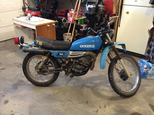 Suzuki 1979 TS185 with parts bike