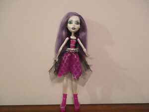 Lumineuse  Monster  High  Sonore