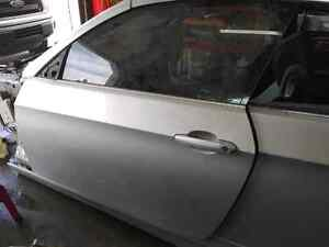 Bmw e92 e93 drivers door from a 335