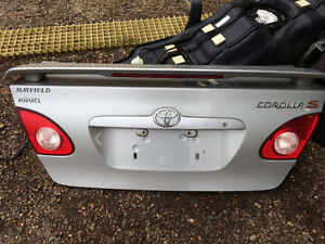 2004 Toyota Corolla Trunk Lid With Spoiler