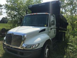 International 4200 Dump Truck