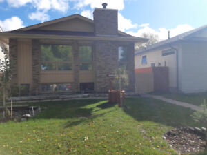 Tyndall Park/ Maples 3 + 1 bedroom home with double garage.