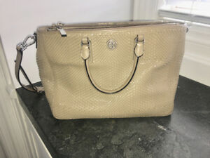 Beautiful Tory Burch Handbag