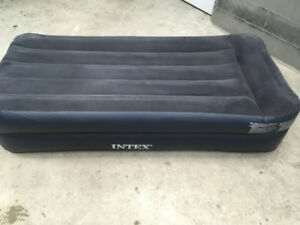 Intex twin air mattress