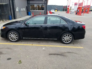 2012 Toyota Camry LE fully loaded 125KM 11,500$