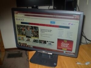 "ACER MONITOR TRUE 19"" WIDE LCD ( Excellent Cond. )"