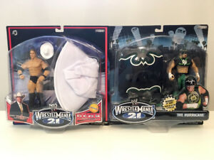 WWE NEW IN BOX FIGURES LOT