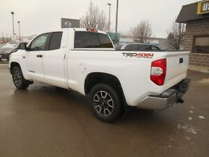 2014 Toyota Tundra SR5 5.7L V8 Double Cab 4WD Peterborough Peterborough Area image 4