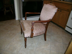 Vintage Antique  Arm Chair  . needs Uphostering Kitchener / Waterloo Kitchener Area image 1