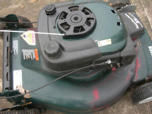 "Craftsman  22""  Self-Propelled  Fwd  Gas  Lawnmower"