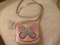 🎁 little girls brand new Accessorise butterfly shoulder bag