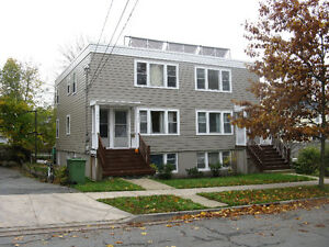 6470 SUMMIT ST,LARGE 1 BR , 2nd FLOOR