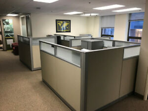 Steelcase Answer (4) Workstations 7' x 7'