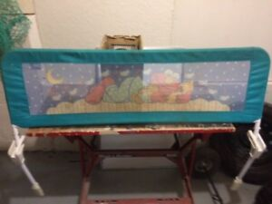 Bed rail with Elmo on front $10