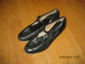 FREE! Women's size 9 leather tap shoes