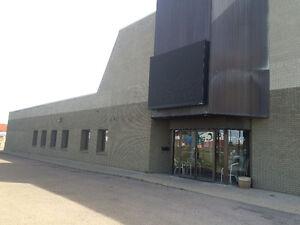 For Lease: 15,000 Square Foot Building on 127 Street Edmonton Edmonton Area image 4
