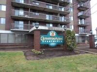 50 CAMERON ST.---MUST SEE!! GREAT LOCATION--POOL & SAUNA