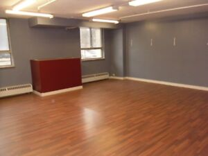 Office/Small Business/Retail Unit for Rent