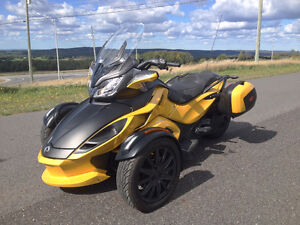 2013 CAN-AM SPYDER STS SE5 - FULL FULL FULL EQUIP - UNIQUE!!!