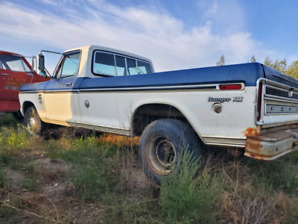 1976 Ford F350 Camper Special