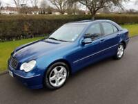 MERCEDES-BENZ C200 (1.8) KOMPRESSOR AVANTGARD - 4 DOOR - BLUE **LOW MILES**