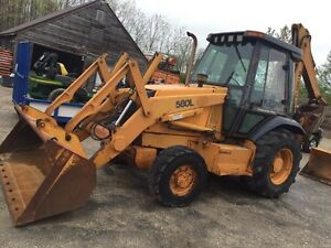 Case 580 L 4x4 backhoe.