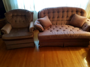 Great Condition Furniture Set! Smoke/Pet Free Home