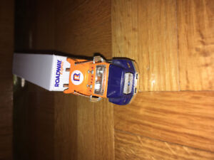 Matchbox Ford Aeromax Roadway freight convoy
