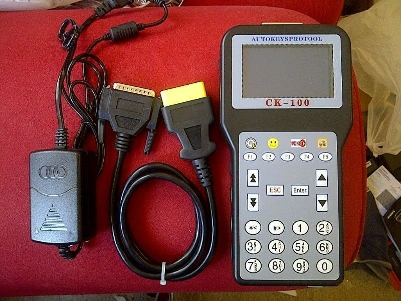 Multi Vehicle Auto Key/Immobilizer Programmer Ck100