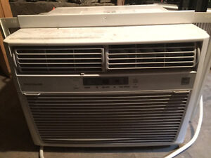 Fridgidaire window mount air conditioner Kingston Kingston Area image 1