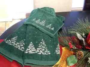 CHRISTMAS TOWELS Peterborough Peterborough Area image 1