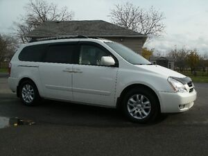 2006 Kia Sedona EX: Leather, Sun Roof, Only 116K, Must See! Oakville / Halton Region Toronto (GTA) image 1