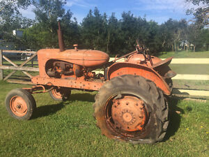Antique Alice Chalmers Tractor