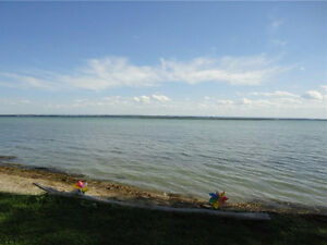 Looking for Upscale Waterfront Cottage Country only 30m West?