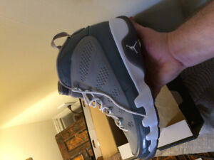 Jordan cool grey 9's. Never worn. 11.5