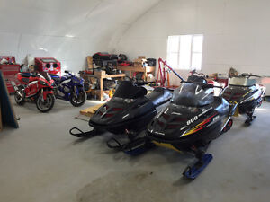 (4) 2001 Polaris 800cc snowmobiles. ($1,500 each)