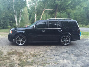 06 LINCOLN NAVIGATOR TRADE FOR ANOTHER VEHICLE ?
