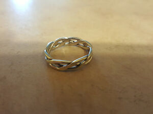 Celtic Band - White Gold 14k - Size 6 / 7