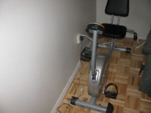 Vélo stationnaire Tempo Fitness