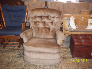 Recliner Rocking Chair with Footrest
