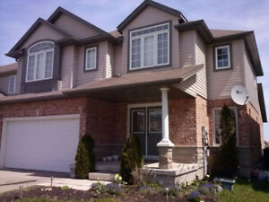 4Bedroom Family home, ClairHills Close to Boardwalk & University