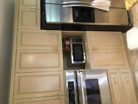 Kitchen Cabinets: Maple: Price reduced