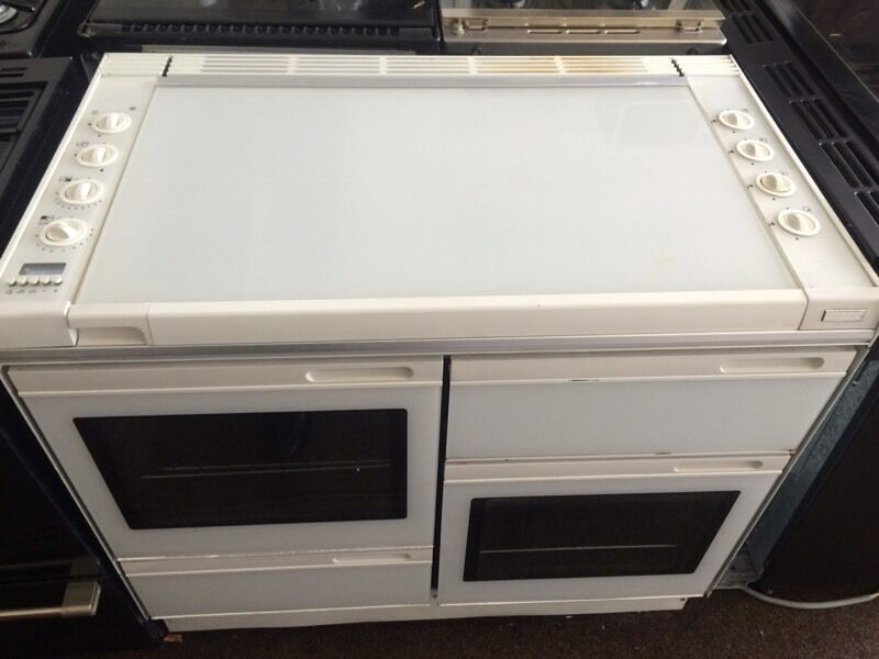 White new world 100cm gas cooker grill & double oven good condition with guarantee bargain