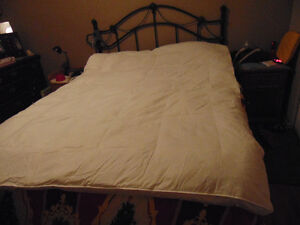 Queensize Feather Bed