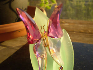 "Swarovski Crystal Paradise "" Astara Fushsia Butterfly Brooch "" Kitchener / Waterloo Kitchener Area image 5"