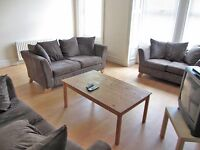 SHORT TERM PROPERTY. DOUBLE ROOMS AVAILABLE NOW NEWCASTLE. ALL BILLS INCLUDED, NO DEPOSITS 2016/2017