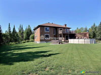 Water front Laurentians near Mont Tremblant ''NEW PRICE''