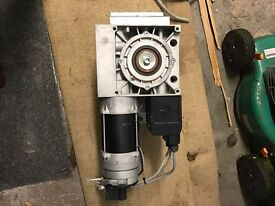 Roller shutter motor and control panel