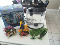 3 Galon Fish Tank With Filter, Heater, Bubbler and Accessories.