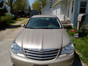 ESTATE SALE: 2009 Chrysler Sebring
